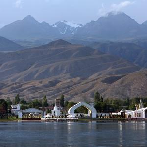 Культурный центр Рух Ордо на озере Иссык-Куль